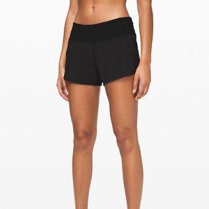 ✨Lululemon Run Times Shorts Black Size 6✨